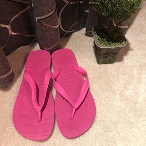 Women's Havaianas Flip Flops Size 7